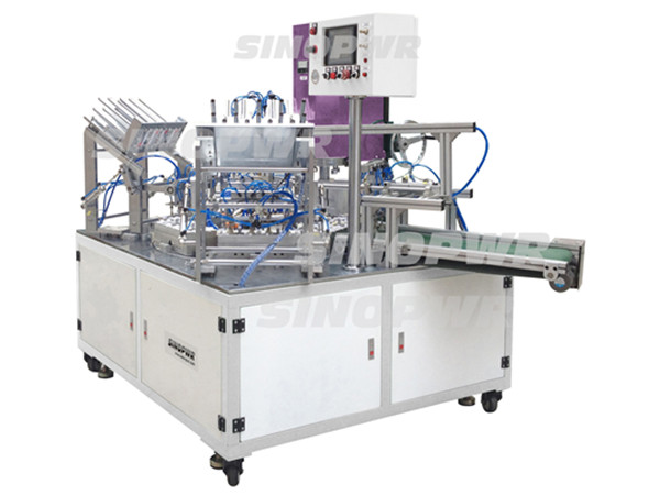 Automatic turn table ultrasonic plastic welding machine
